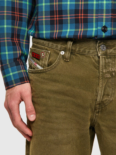 Diesel - D-Kras 09A35, Military Green - Jeans - Image 3