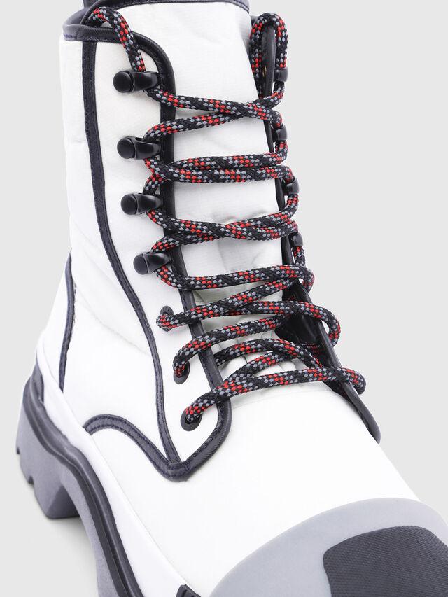 Diesel - D-VAIONT DBB, White/Black - Boots - Image 4