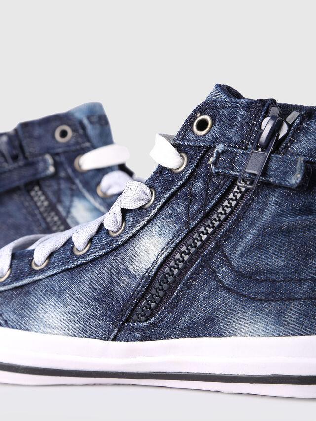 KIDS SN MID 20 EXPOSURE C, Blue Jeans - Footwear - Image 4