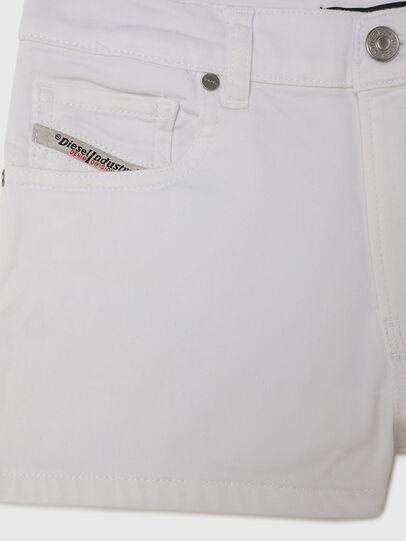 Diesel - PBOYSHORT JOGGJEANS, White - Shorts - Image 3