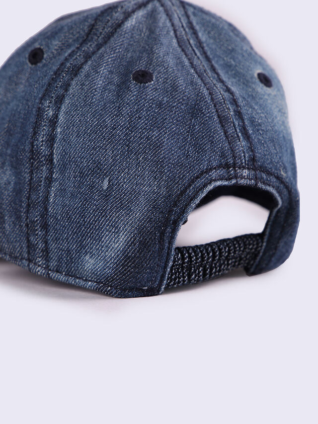 FARDYB, Blue Jeans