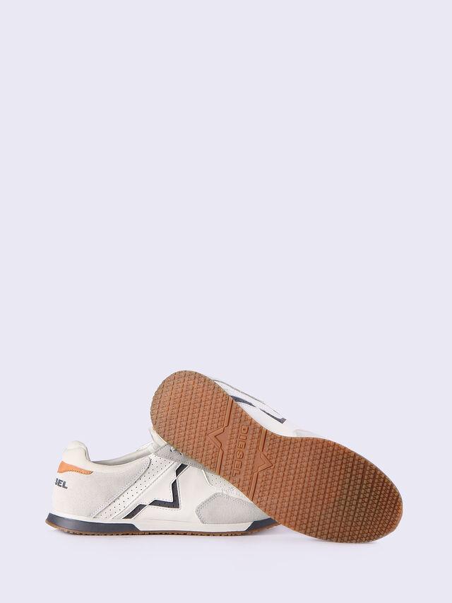 S-FURYY, White/Grey